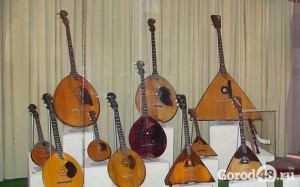 Russian_folk_instruments